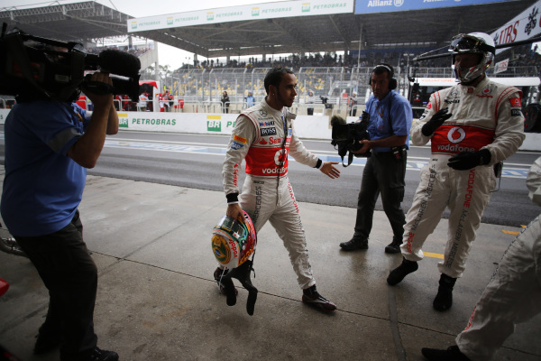 Lewis Hamilton in the pit late